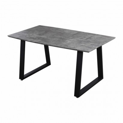 Dining table 4-6 persons...