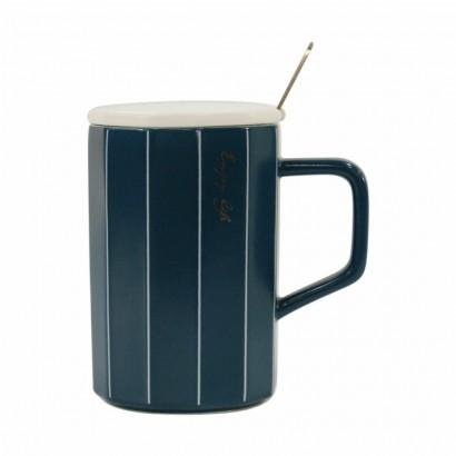 Ceramic mug with steel spoon