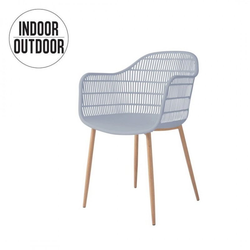 Chair with armrest inside / outside