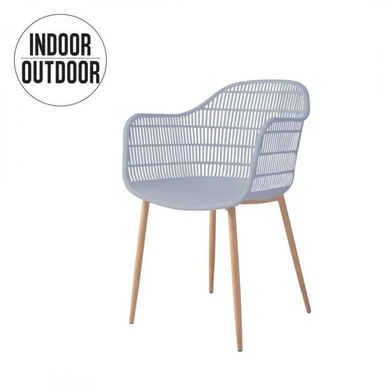 Chaise avec accoudoir interieur /exterieur