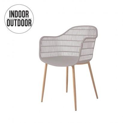 Chair with armrest inside /...