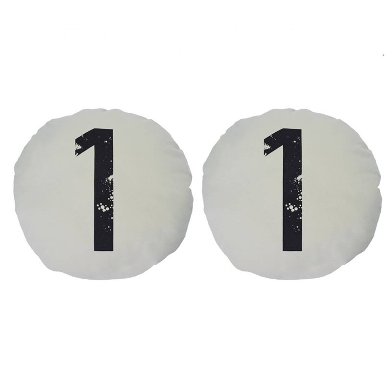 Set van 2 CHOI ronde kussens nummer 1 wit D45