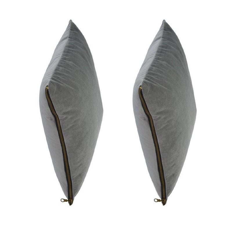 et of 2 MOSALI cushions in grey velvet 40x40