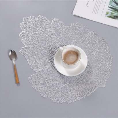 Non-slip placemat in the...