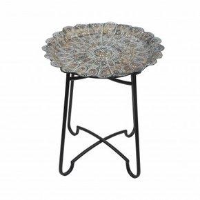 Set van 3 metalen tafels...