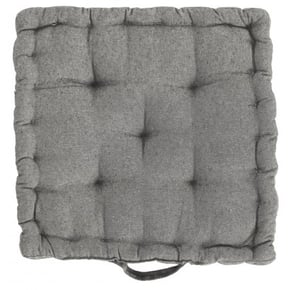 Square quilted floor...