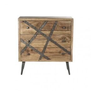 Wooden chest of drawers...